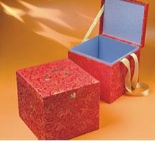 金蒼緞錦盒